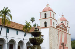 Vieja misión Santa Barbara, California Fotos de archivo