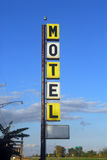 Vieja muestra del motel imágenes de archivo libres de regalías