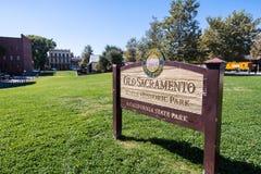 Vieja muestra del parque histórico de estado de Sacramento imagenes de archivo