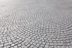 Vieja pavimentación de piedra cuadrada Imagenes de archivo