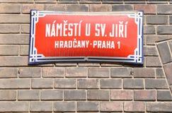 Vieja placa de calle en Praga Foto de archivo