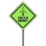 Vieja placa de calle rasguñada de la energía verde. Fotografía de archivo