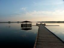 Vieja plataforma de la pesca fotografía de archivo