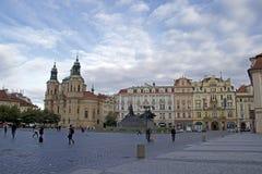 Vieja plaza en Praga Foto de archivo