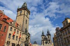Vieja plaza en Praga Fotos de archivo libres de regalías