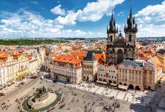 Vieja plaza en Praga fotografía de archivo