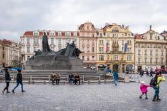 Vieja plaza en Praga, República Checa Fotografía de archivo libre de regalías