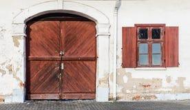 Vieja puerta Fotografía de archivo libre de regalías