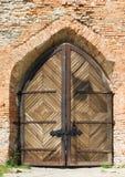Vieja puerta del castillo Imagen de archivo