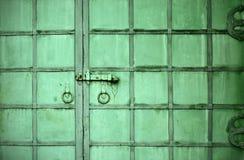 Vieja puerta del monasterio Foto de archivo libre de regalías