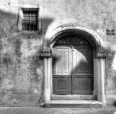 Vieja puerta principal en Regensburg Imágenes de archivo libres de regalías