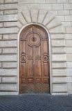 Vieja puerta principal italiana Imagenes de archivo