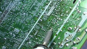 Vieja rotación electrónica de la placa de circuito del pedazo de la TV almacen de video