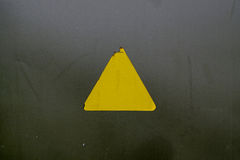 Vieja señal de peligro Fotos de archivo libres de regalías