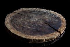 Vieja tabla de cortar de madera áspera del alto ángulo fotos de archivo