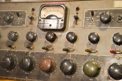 Vieja tarjeta de control electrónico de la antigüedad de la vendimia Foto de archivo libre de regalías