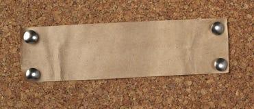 Vieja tarjeta de papel del corcho del fondo de la nota de Brown imagenes de archivo