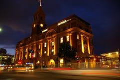 Vieja terminal de transbordadores Auckland imagen de archivo libre de regalías