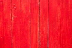 Vieja textura de madera pintada rojo hecho a mano foto de archivo libre de regalías