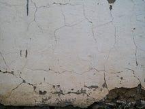 Vieja textura desintegrada de la pared blanca imagen de archivo