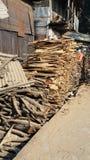 vieja venta del fuego de la fábrica de maderas Imagen de archivo