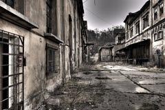 Vieja yarda de la fábrica Fotografía de archivo libre de regalías
