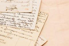 Viejas cartas como fondo Fotos de archivo libres de regalías