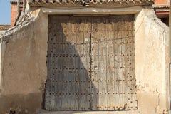 Viejas 38 de ventanas de Puertas Images libres de droits