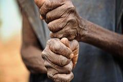 Viejas manos de rogación Imagenes de archivo