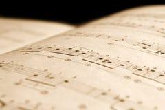 Viejas notas musicales Imágenes de archivo libres de regalías