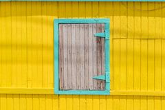 Viejas opiniones de Otrobanda Curaçao de la ventana fotografía de archivo libre de regalías