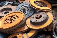 Viejas piezas de automóvil oxidadas Fotos de archivo