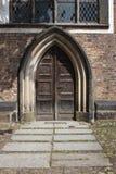 Viejas puertas de la iglesia Imagen de archivo libre de regalías