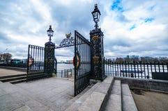 Viejas puertas navales reales de la universidad, Greenwich Imagen de archivo libre de regalías