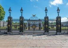 Viejas puertas reales de la universidad del ombligo Fotos de archivo