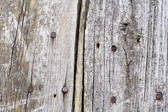 Viejas tarjetas de madera con los clavos Fondo Foto de archivo libre de regalías