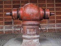 Viejo abastecimiento de agua Fotos de archivo libres de regalías
