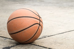 Viejo baloncesto Fotografía de archivo
