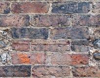 Viejo brickwall con los ladrillos wheatered Imagen de archivo