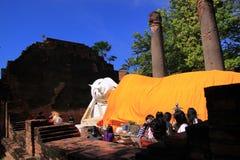 Viejo Buda en Ayuttaya Tailandia Imagenes de archivo