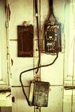 Viejo cableado eléctrico fotos de archivo