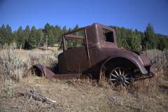 Viejo carro abandonado Foto de archivo