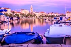 Viejo centro de ciudad en fractura, Croacia Foto de archivo libre de regalías