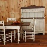 Viejo conjunto de la cocina de madera de pino Fotografía de archivo