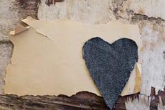 Viejo corazón del papel y de los pantalones vaqueros Imagen de archivo libre de regalías