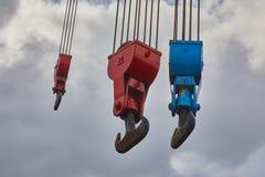 Viejo Crane Hooks fotografía de archivo libre de regalías