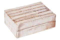 Viejo de madera de la textura del vintage del primer resistido envejeció el ataúd rectangular cerrado vacío de la caja aislado en imágenes de archivo libres de regalías