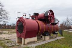 Viejo del motor del tren de la corriente no usado en la exhibición fotos de archivo