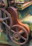 Viejo detalle de la maquinaria del hierro Foto de archivo libre de regalías