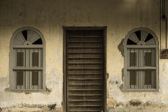 Viejo diseño de la moda de la puerta principal Imágenes de archivo libres de regalías